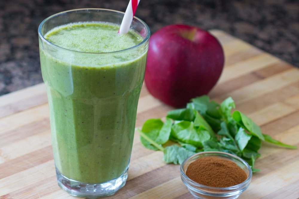 Apple Cinnamon Green Smoothie Recipe (video) | Nutritarian | Vegan